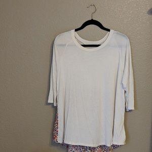 Le Lis White 3/4 Sleeve Floral Print Knit Top Sz L